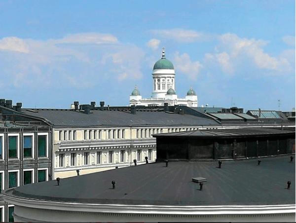 Synttärit Helsingin kattojen yllä